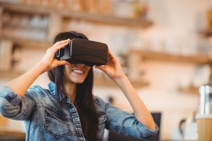 4 Ways To Use Virtual Reality For Business Growth